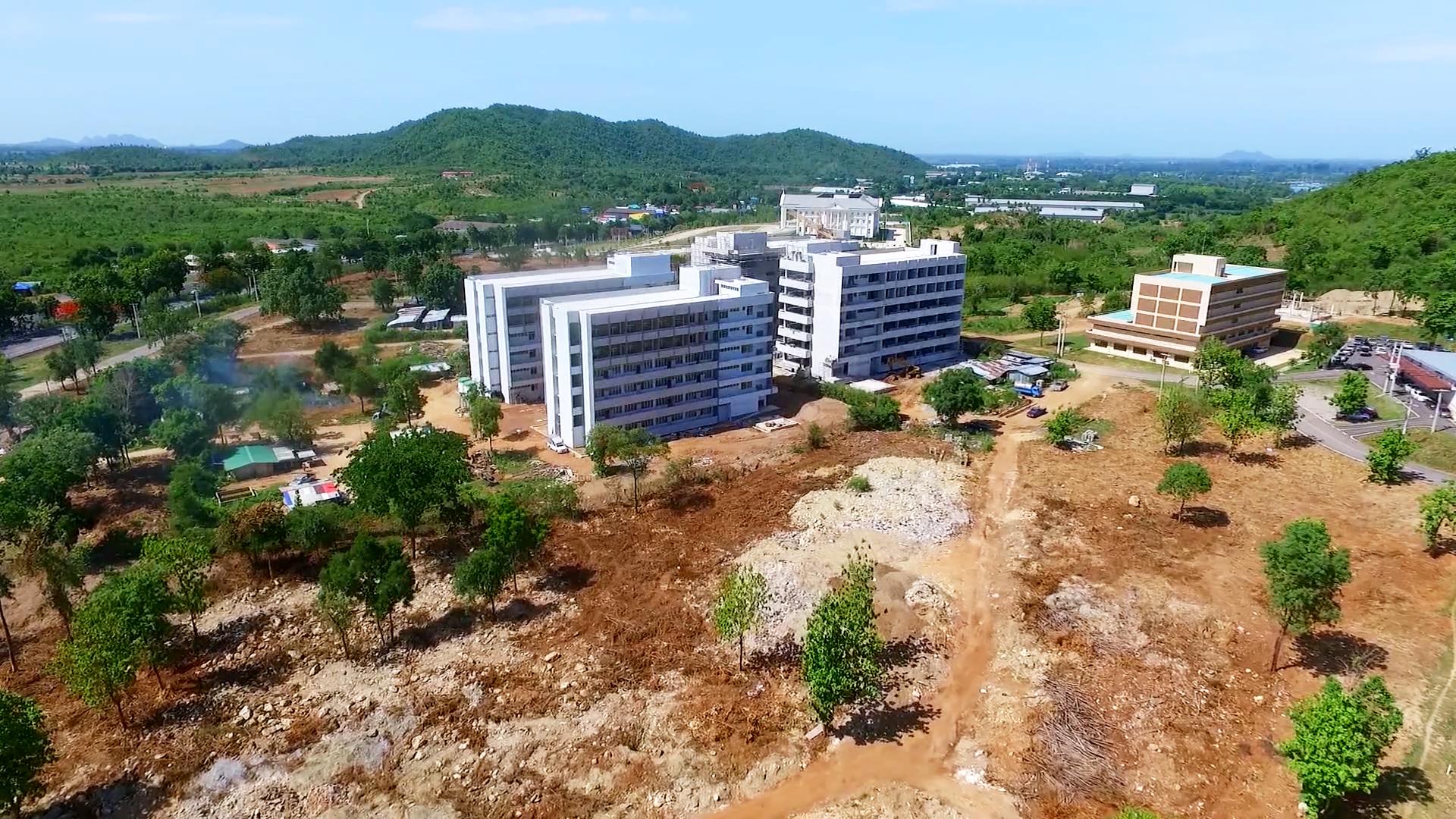 อิฐแดง มอก.77-2545 โรงพยาบาลสวรรค์ประชารักษ์