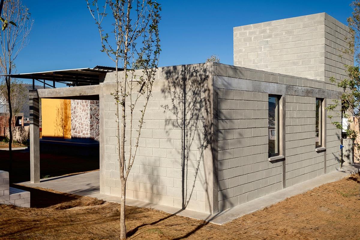 Self-Produced Rural Housing บ้านจากอิฐบล็อก 10