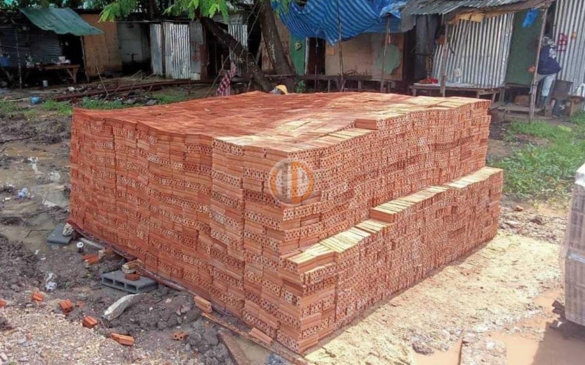 อิฐแดง 2 รู ขนาด 3x6x14 ซม. ราษฏร์บูรณะ กทม.